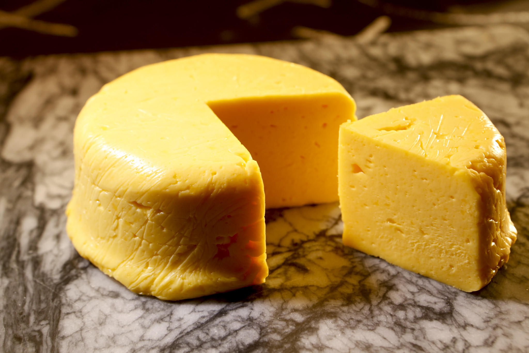 New research states: people who love cheese live longer